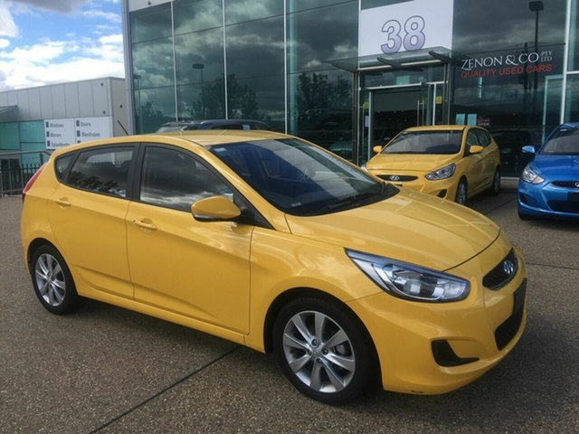 Used Hyundai Accent RB6 MY19 Sport, 2019 Hyundai Accent RB6 MY19 Sport Yellow 6 Speed Sports Automatic Hatchback