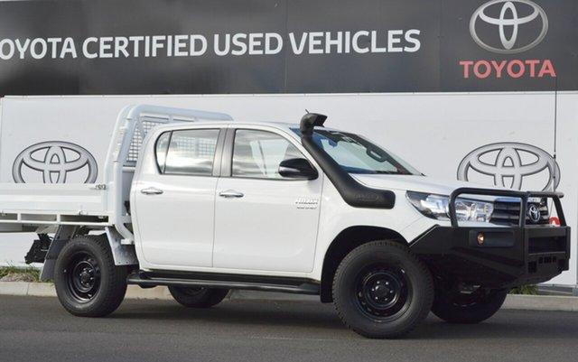 Used Toyota Hilux GUN126R SR (4x4), 2016 Toyota Hilux GUN126R SR (4x4) Glacier White 6 Speed Automatic Dual Cab Chassis