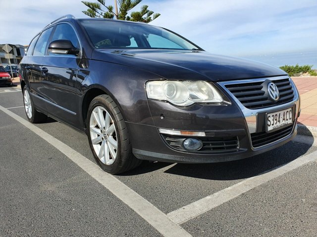 Used Volkswagen Passat Type 3C MY09 125TDI DSG, 2009 Volkswagen Passat Type 3C MY09 125TDI DSG Black Purple Pearl 6 Speed