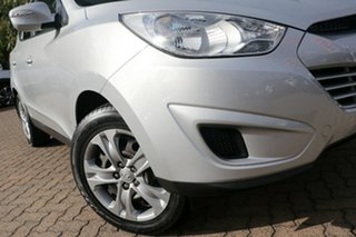 2013 Hyundai ix35 LM Series II Active (FWD) Silver 6 Speed Manual Wagon.