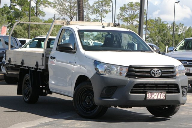 Used Toyota Hilux GUN122R Workmate 4x2, 2015 Toyota Hilux GUN122R Workmate 4x2 White 5 Speed Manual Cab Chassis