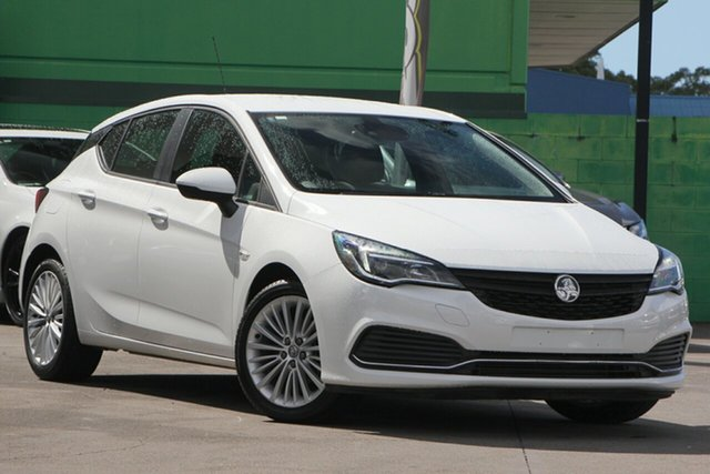 Used Holden Astra BK MY17 R, 2017 Holden Astra BK MY17 R White 6 Speed Sports Automatic Hatchback