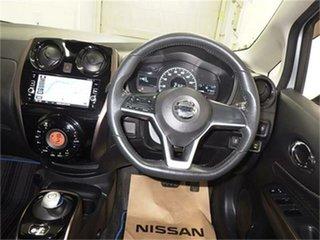 2004 Nissan Elgrand E51 Rider S White Automatic Wagon.