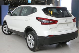 2018 Nissan Qashqai J11 MY18 ST Ivory Pearl Continuous Variable Wagon.