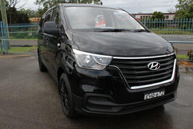 Demo Hyundai iLOAD TQ4 MY19 , 2019 Hyundai iLOAD TQ4 MY19 Timeless Black 5 Speed Automatic Van