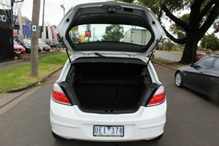 2006 Holden Astra AH MY06 CD White 4 Speed Automatic Hatchback