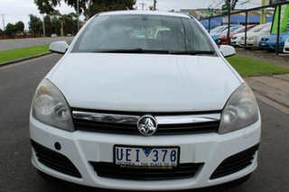 2006 Holden Astra AH MY06 CD White 4 Speed Automatic Hatchback.