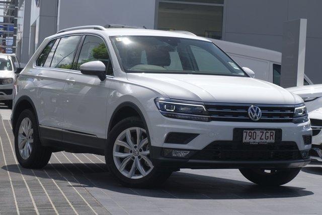 Demo Volkswagen Tiguan 5N MY19.5 132TSI DSG 4MOTION Comfortline, 2019 Volkswagen Tiguan 5N MY19.5 132TSI DSG 4MOTION Comfortline Pure White 7 Speed