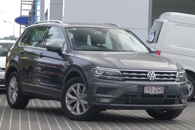 Demo Volkswagen Tiguan 5N MY19.5 132TSI DSG 4MOTION Comfortline, 2019 Volkswagen Tiguan 5N MY19.5 132TSI DSG 4MOTION Comfortline Indium Grey 7 Speed