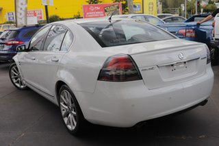 2011 Holden Calais VE II MY12 V White 6 Speed Sports Automatic Sedan.