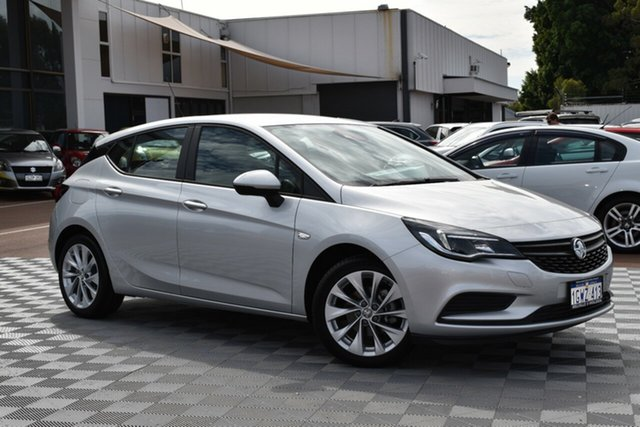 Used Holden Astra BK MY19 R, 2019 Holden Astra BK MY19 R Nitrate 6 Speed Sports Automatic Hatchback