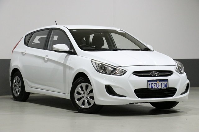 Demo Hyundai Accent RB4 MY17 Active, 2017 Hyundai Accent RB4 MY17 Active White 6 Speed CVT Auto Sequential Hatchback