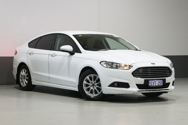 Used Ford Mondeo MD Ambiente TDCi, 2015 Ford Mondeo MD Ambiente TDCi White 6 Speed Automatic Hatchback