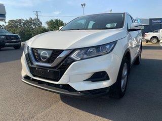 2018 Nissan Qashqai ST White Constant Variable Wagon.