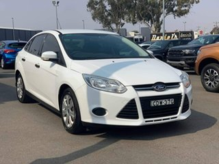 2011 Ford Focus LW Ambiente White 6 Speed Sports Automatic Dual Clutch Sedan.