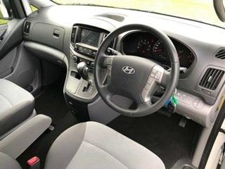 2016 Hyundai iMAX TQ3-W Series II MY16 Creamy White 5 Speed Automatic Wagon.