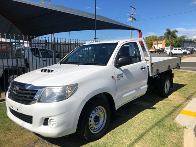 Used Toyota Hilux KUN16R MY12 SR, 2013 Toyota Hilux KUN16R MY12 SR White 5 Speed Manual Cab Chassis