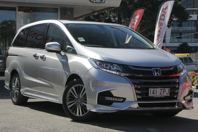 Demo Honda Odyssey RC MY20 VTi-L, 2019 Honda Odyssey RC MY20 VTi-L Super Platinum 7 Speed Constant Variable Wagon