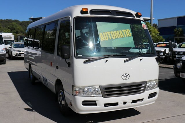 Used Toyota Coaster  Deluxe, 2013 Toyota Coaster Deluxe White Automatic Bus