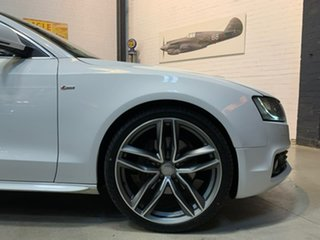 2009 Audi A5 8T MY10 Quattro White 6 Speed Sports Automatic Coupe.