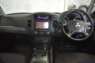 2009 Mitsubishi Pajero NS Platinum Edition Gold 5 Speed Automatic Wagon.