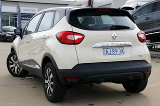 2017 Renault Captur J87 Expression Cream 6 Speed Automated Manual Wagon.
