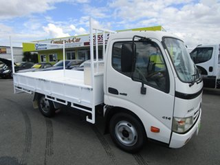 2008 Hino 300 414 White Cab Chassis 4.0l.