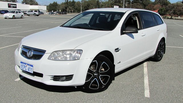 Used Holden Berlina VE II International Sportwagon, 2011 Holden Berlina VE II International Sportwagon White 6 Speed Sports Automatic Wagon