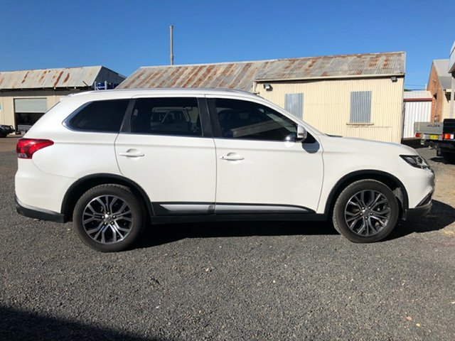 Used Mitsubishi Outlander ZK MY16 LS (4x2), 2016 Mitsubishi Outlander ZK MY16 LS (4x2) Starlight Continuous Variable Wagon