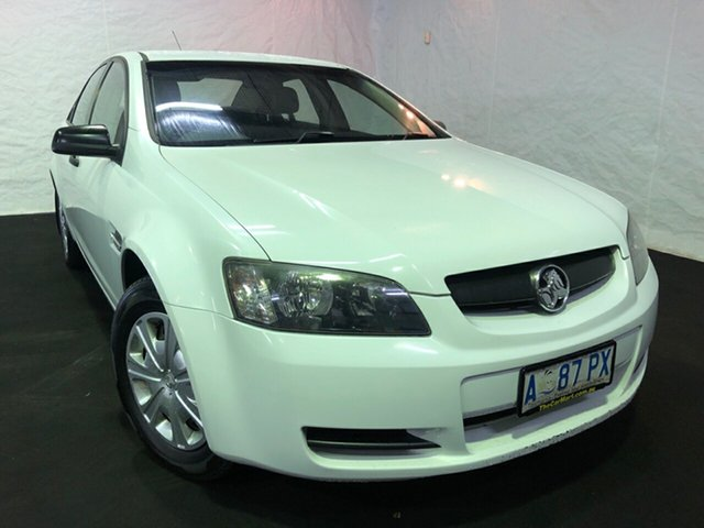 Used Holden Commodore VE Omega, 2006 Holden Commodore VE Omega Heron White 4 Speed Automatic Sedan