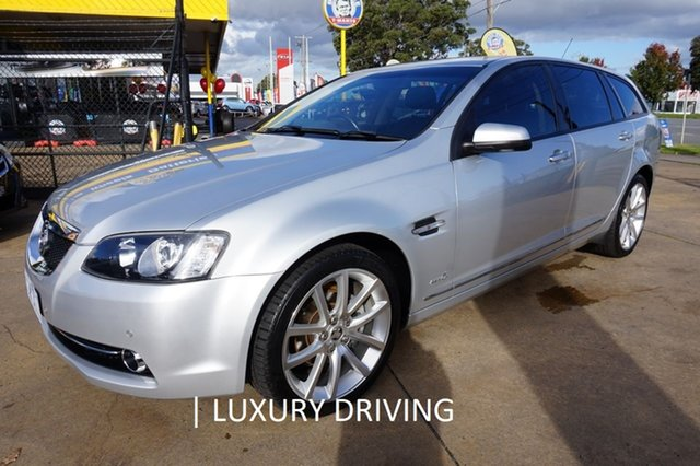 Used Holden Calais VE II V Sportwagon, 2011 Holden Calais VE II V Sportwagon Nitrate Silver 6 Speed Sports Automatic Wagon