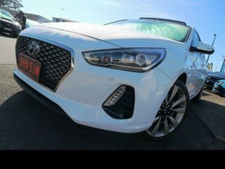2017 Hyundai i30 GD5 Series 2 Upgrade SR (Sunroof) White 6 Speed Automatic Hatchback.