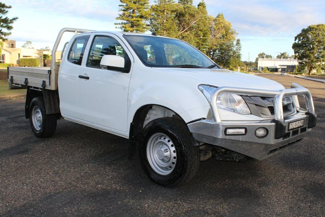 Used Isuzu D-MAX MY15.5 SX Space Cab, 2016 Isuzu D-MAX MY15.5 SX Space Cab White 5 Speed Manual Cab Chassis