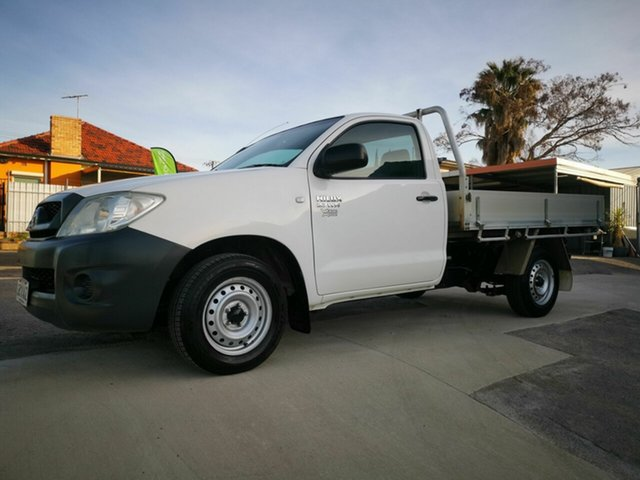 Used Toyota Hilux TGN16R 08 Upgrade Workmate, 2008 Toyota Hilux TGN16R 08 Upgrade Workmate White 5 Speed Manual Cab Chassis