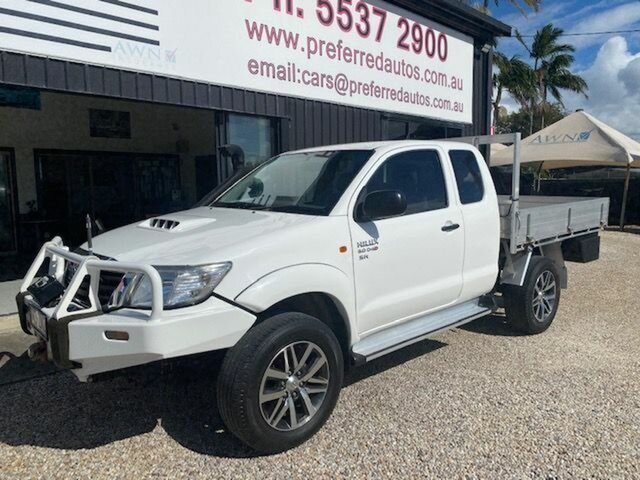 Used Toyota Hilux KUN26R MY12 SR (4x4), 2012 Toyota Hilux KUN26R MY12 SR (4x4) White 5 Speed Manual X Cab Cab Chassis