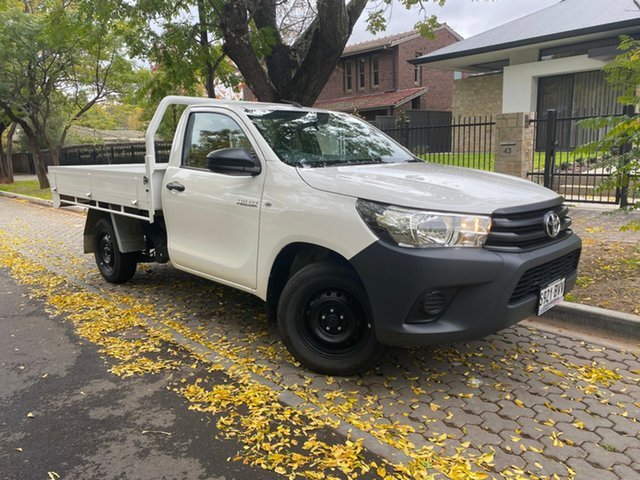 Used Toyota Hilux TGN121R Workmate 4x2, 2018 Toyota Hilux TGN121R Workmate 4x2 White 5 Speed Manual Cab Chassis