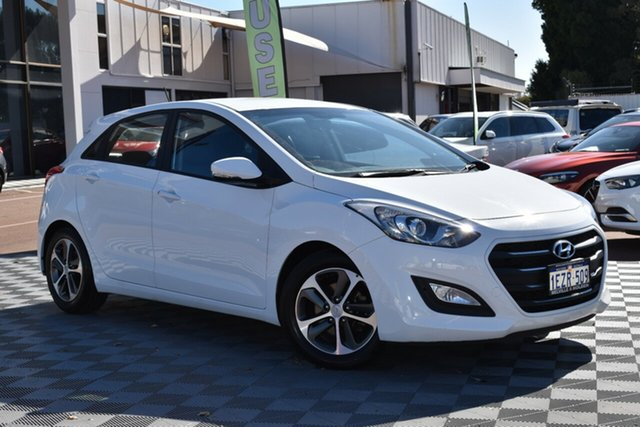 Used Hyundai i30 GD4 Series II MY17 Active X, 2016 Hyundai i30 GD4 Series II MY17 Active X Polar White 6 Speed Sports Automatic Hatchback