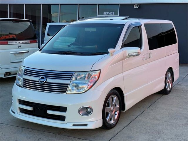 Used Nissan Elgrand E51 Highway Star, 2008 Nissan Elgrand E51 Highway Star White Wagon