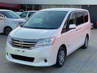 2013 Nissan Serena White Wagon.