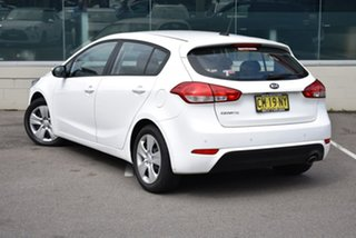 2017 Kia Cerato YD MY17 S White 6 Speed Sports Automatic Hatchback.