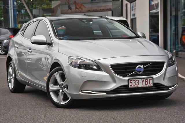 Used Volvo V40 M Series MY15 T4 Adap Geartronic Luxury, 2015 Volvo V40 M Series MY15 T4 Adap Geartronic Luxury Silver 6 Speed Sports Automatic Hatchback