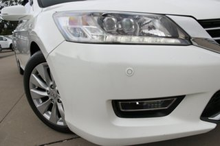 2013 Honda Accord 50 MY12 VTi White 5 Speed Automatic Sedan.