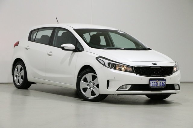 Used Kia Cerato YD MY17 S, 2017 Kia Cerato YD MY17 S White 6 Speed Auto Seq Sportshift Hatchback