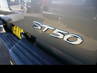 2009 Mazda BT-50 08 Upgrade B3000 DX Gold 5 Speed Automatic Dual Cab Pick-up
