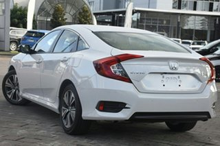 2019 Honda Civic 10th Gen MY19 VTi-L Platinum White 1 Speed Sedan.