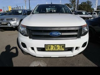 Ford  2014.00 DOUBLE PU XL . 2.2D 6A 4X2 H