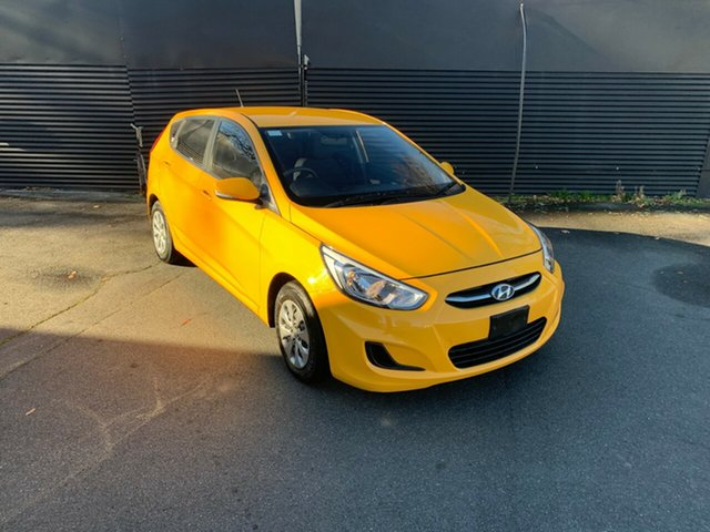 Used Hyundai Accent RB2 MY15 Active, 2015 Hyundai Accent RB2 MY15 Active Yellow 4 Speed Sports Automatic Sedan