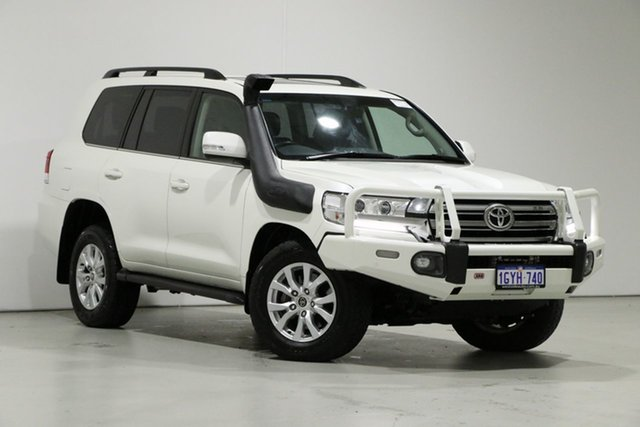 Used Toyota Landcruiser VDJ200R MY16 VX (4x4), 2017 Toyota Landcruiser VDJ200R MY16 VX (4x4) Pearl White 6 Speed Automatic Wagon
