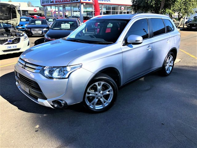 Used Mitsubishi Outlander ZJ MY14.5 LS 4WD, 2014 Mitsubishi Outlander ZJ MY14.5 LS 4WD Silver 6 Speed Sports Automatic Wagon