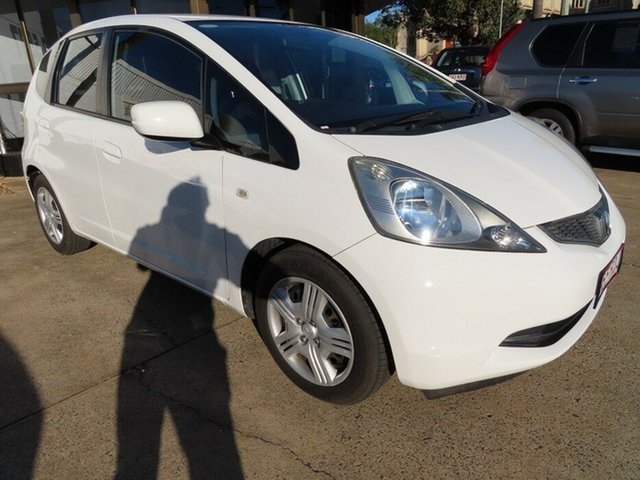 Used Honda Jazz GLi Toowoomba, 2010 Honda Jazz GLi White 5 Speed Manual Hatchback
